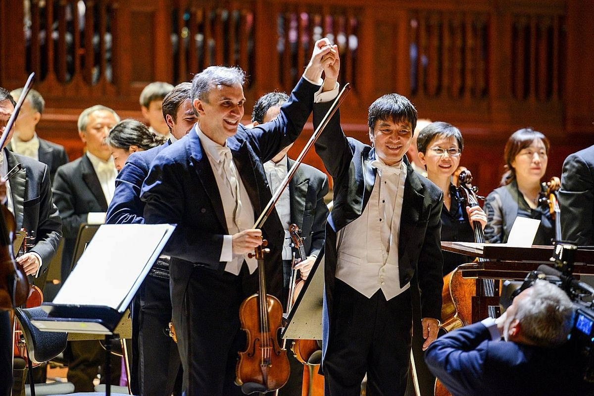 In 1986, Shui received a scholarship to study at Boston University's Tanglewood Institute, where he trained with the late American composer and conductor Leonard Bernstein. Shui Lan, who retired from his position as music director of the Singapore Sy