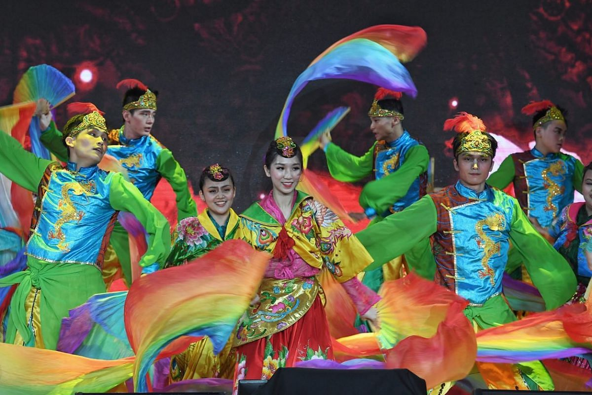 Visitors enjoy a dance performance by the Dance Ensemble Singapore at the Chinese New Year countdown held at Chinatown.