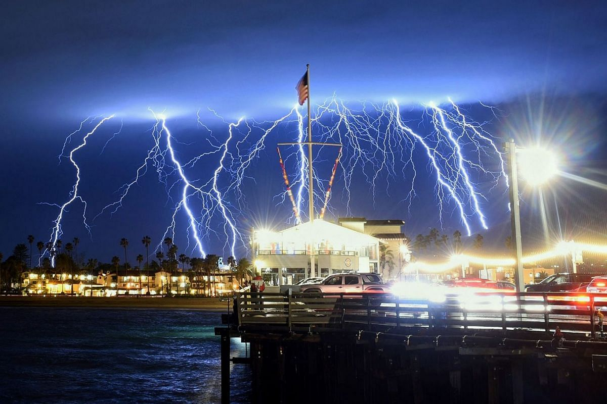 A handout photo made available by the Santa Barbara County Fire Department shows lightning strikes as a storm approaches Santa Barbara, California, on March 5,  2019. PHOTO: SANTA BARBARA COUNTY FIRE DEPARTMENT HANDOUT  VIA EPA-EFE