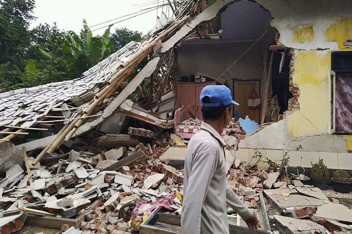 An earthquake struck Indonesia's Lombok island on March 17, 2019, causing a landslide, killing several people, including a Malaysian. At least two people were killed and dozens injured. Two Malaysians were confirmed dead, the New Straits Times report
