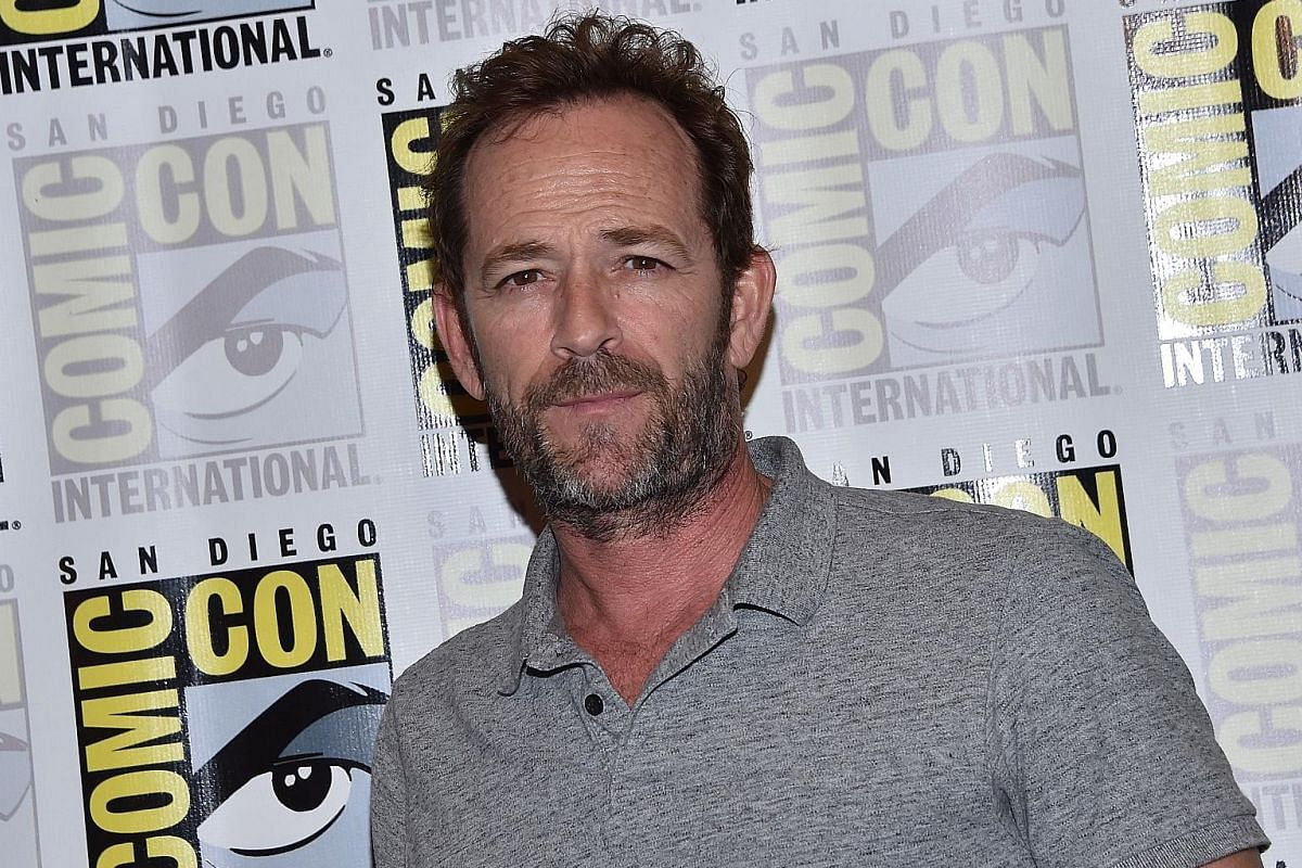 A severe headache could be a symptom of a haemorrhagic stroke. Mr Ben Goi, the son of Singapore's Popiah King, and actor Luke Perry (above) died of a stroke at the ages of 43 and 52 respectively.