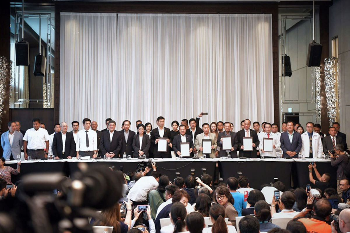 A press conference announcing pro-democracy parties led by Pheu Thai and their intention to form the government at the Lancaster Hotel in Bangkok on Mar 27, 2019. ST PHOTO: KUA CHEE SIONG