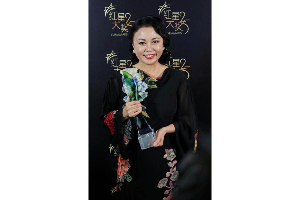 Best Evergreen Artiste winner Xiang Yun.