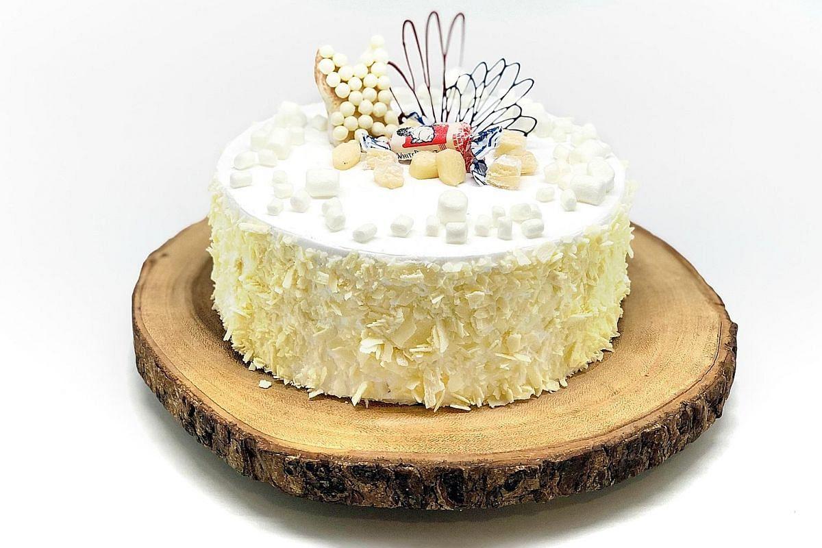 White rabbit cake.