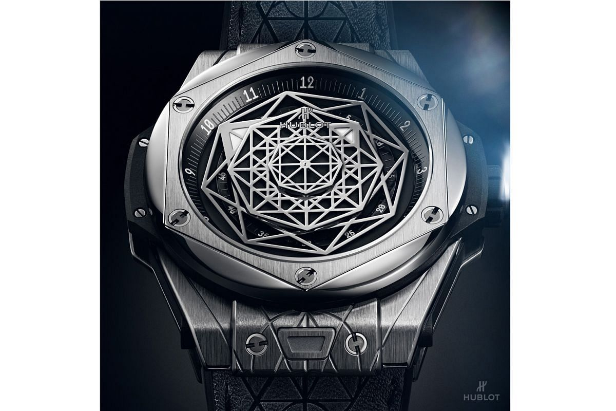 The show-stopping Hublot Big Bang Sang Bleu (above), released in 2016 and designed by Maxime Plescia Buchi, was so well received that he was asked to create a sequel - the recently unveiled Big Bang Sang Bleu II (in king gold), a showcase of 3D artis