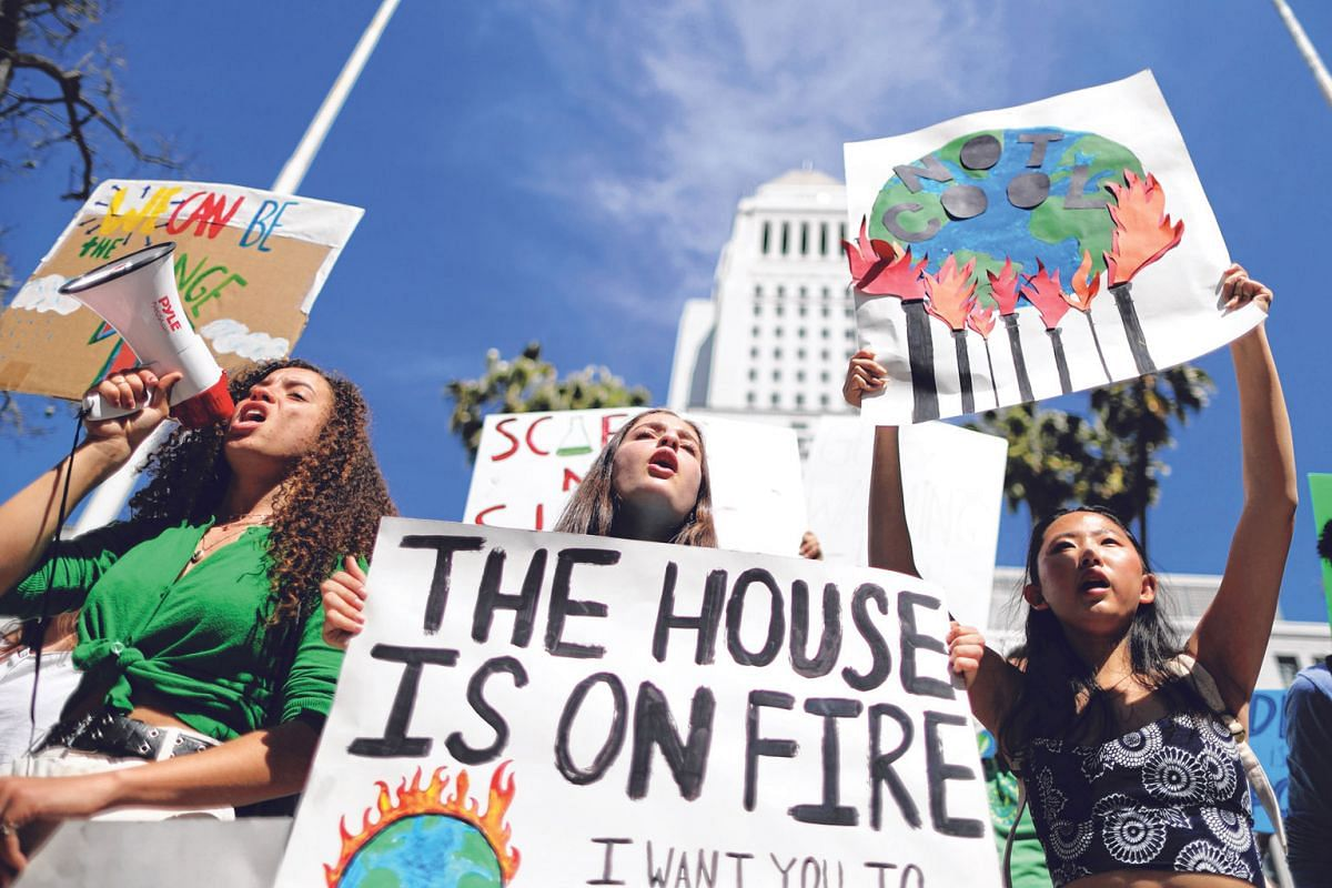 Students attending a protest rally to call for urgent action to slow the pace of climate change in Los Angeles, California last March.