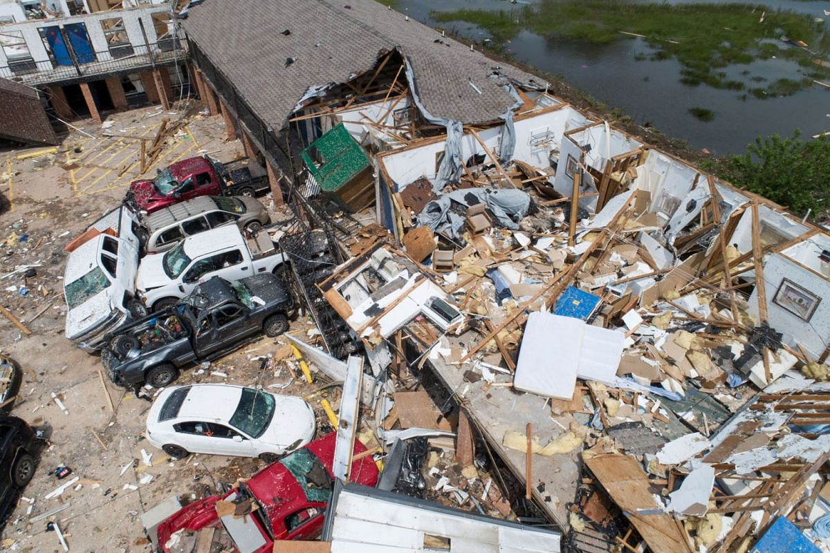 Damage to the American Budget Value Inn is seen in an aerial photo after a tornado touched down overnight in El Reno, Oklahoma, U.S. May 26, 2019. PHOTO: REUTERS