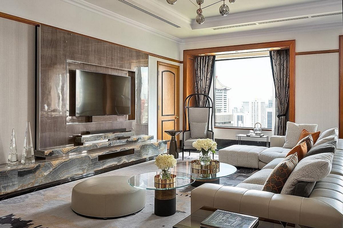 Four Seasons Hotel's Presidential Suite spans 2,142 sq ft and is inspired by black-and-white colonial houses in Singapore.
