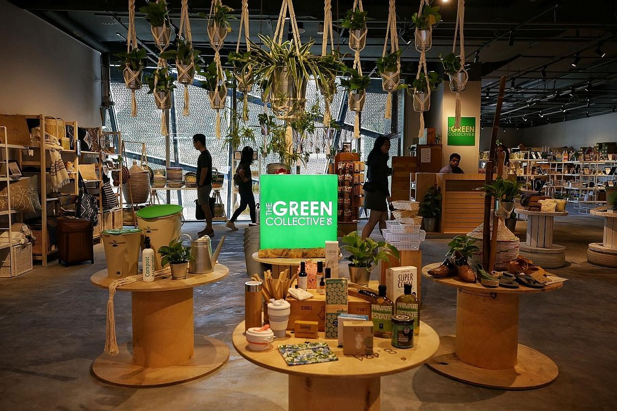 The Green Collective is a multi-brand concept store housing eco brands that sell sustainable and socially conscious products. Funan's smart directories can help shoppers map their way through the mall and also get product information.