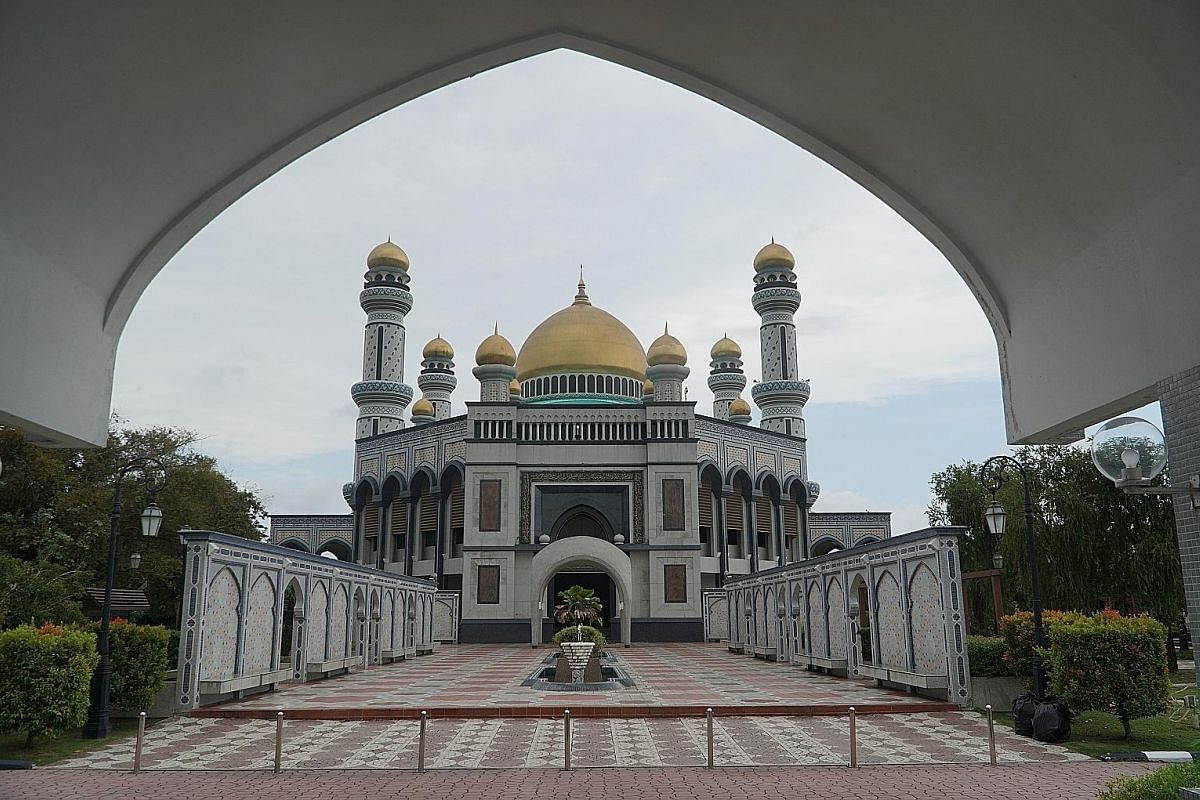 The Jame Asr Hassanil Bolkiah Mosque was named after the current Sultan and is Brunei's largest mosque.