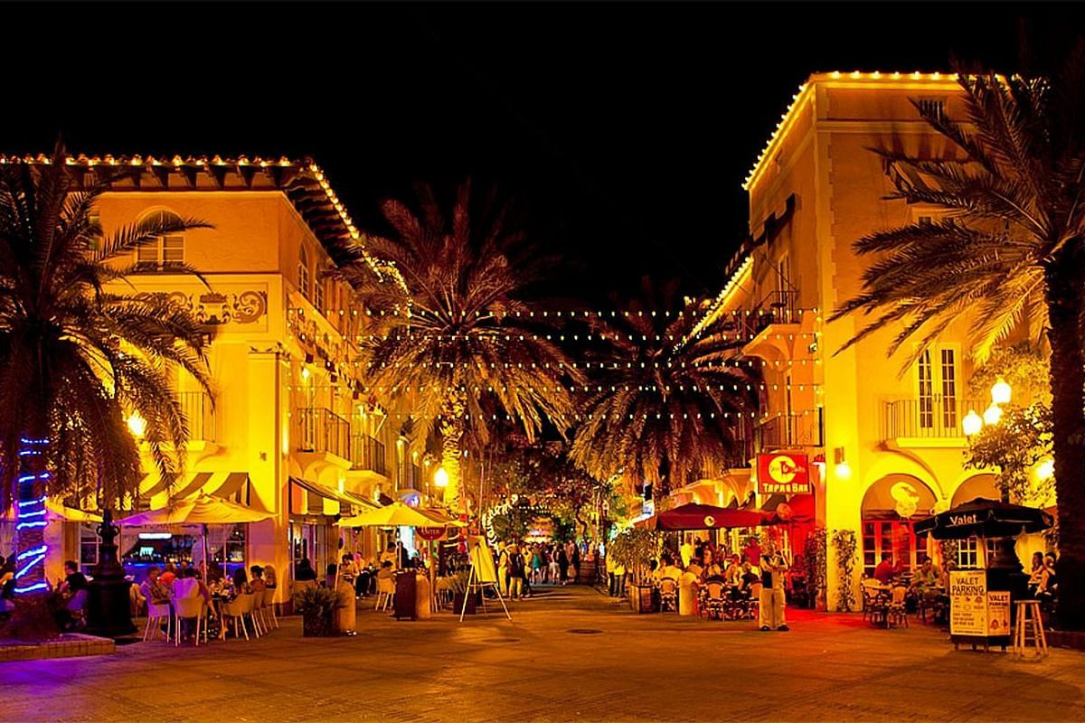 After a revitalisation, Espanola Way, a cobblestone-walking area lined with 1920s Mediterranean revival buildings, is alive with restaurants, cafes and dancing in the street.