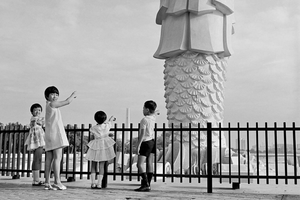 Mr Lim's children at the former Merlion Park, 1970s.