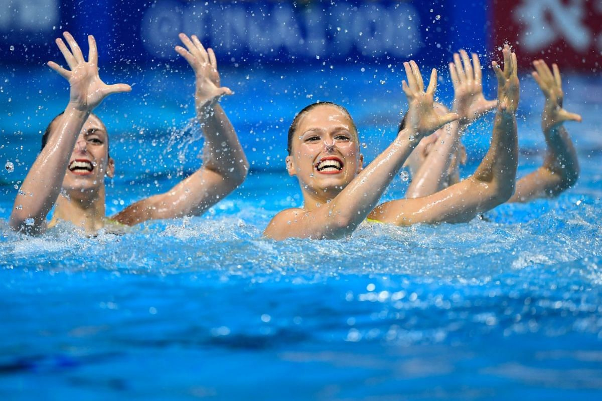 In Pictures: Artistic swimming...