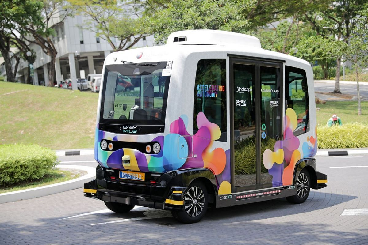 The NUSmart Shuttle passenger trial service will operate between Heng Mui Keng Terrace and Business Link at 20-minute intervals on weekdays, July 30, 2019. The service, which is free of charge, will not operate when it rains. PHOTO: THE STRAITS TIMES