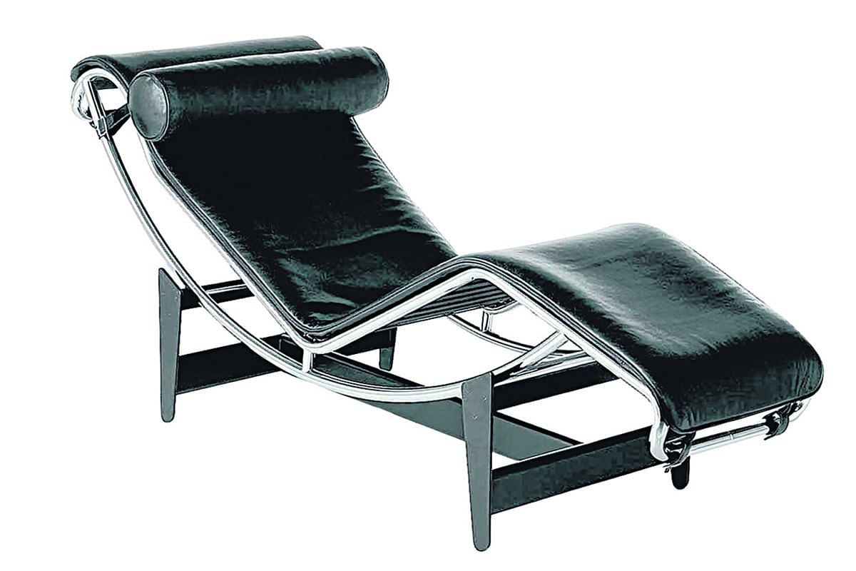 Lc4 Chaise Longue by Cassina.