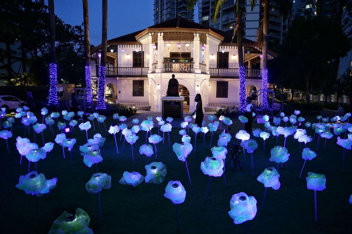 Moonflowers Of Mid-Autumn is a luminescent outdoor art installation featuring 250 stalks of sustainable glow-in-the-dark flower sculptures at the lawn of Sun Yat Sen Nanyang Memorial Hall in Balestier, August 13, 2019. PHOTO: THE STRAITS TIMES/KEVIN