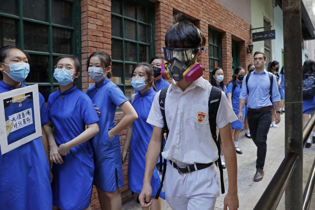 Students wearing masks outside St Stephen's Girls' College in Hong Kong, on Sept 9, 2019.