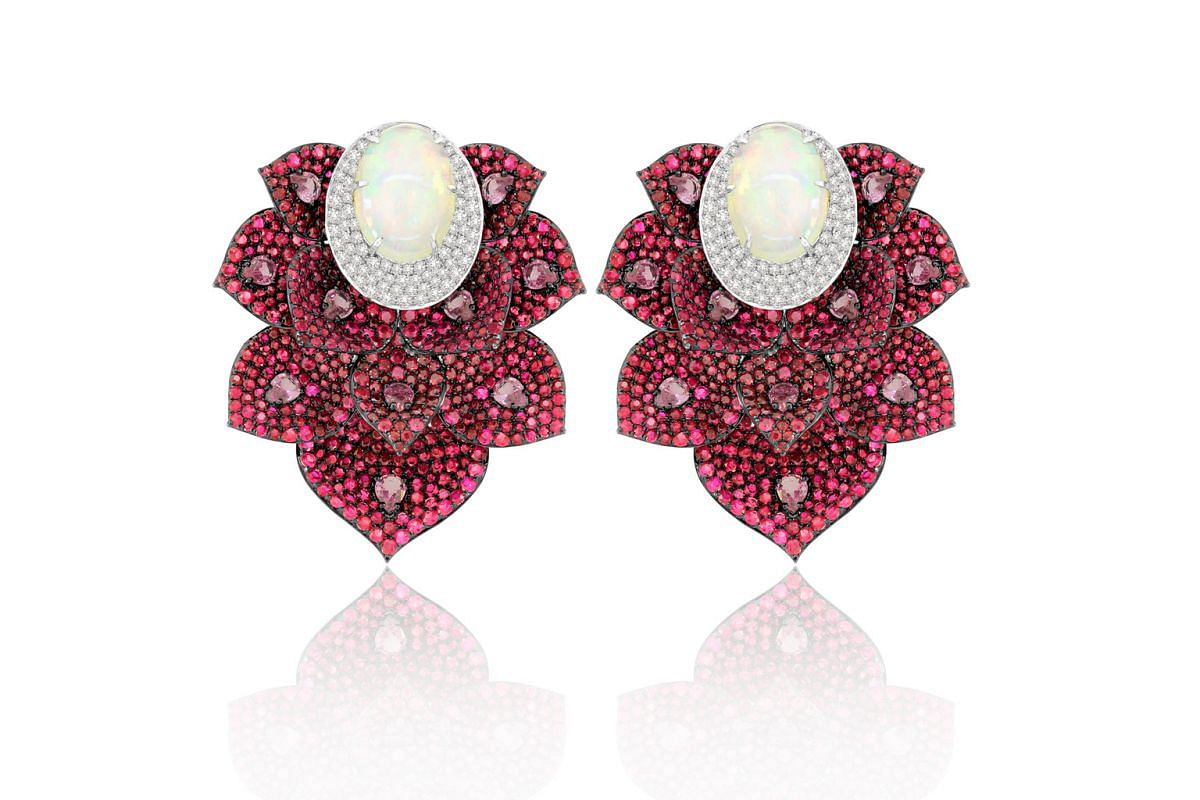 SUTRA JEWELS RUBY EARRINGS.