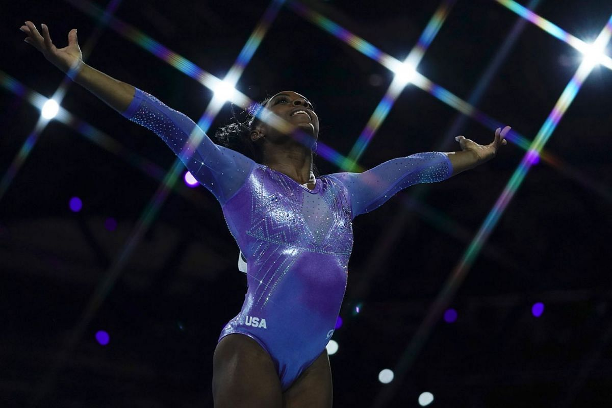 USA's Simone Biles performs to win the floor event during the apparatus finals at the FIG Artistic Gymnastics World Championships at the Hanns-Martin-Schleyer-Halle in Stuttgart, southern Germany, on October 13, 2019. PHOTO: AFP