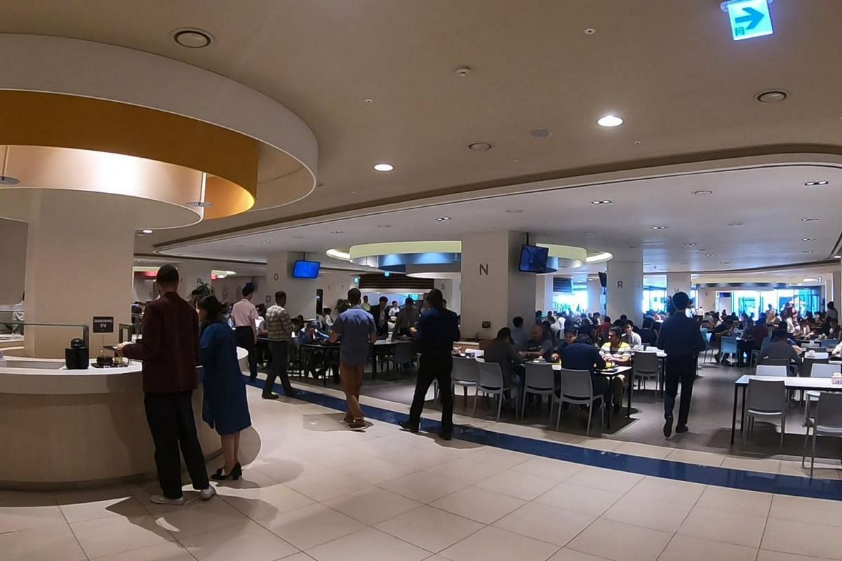 A cafeteria in the Samsung Digital City that offers free meals for employees. Every day, the campus serves over 70,000 meals from several cafeterias.