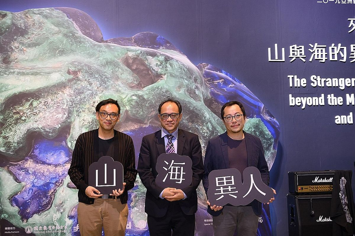 (From far left) Singapore artist Ho Tzu Nyen, Dr Lin Chi-ming, director of National Taiwan Museum of Fine Arts, and Taiwanese artist Hsu Chia-wei at the media launch of the Asian Art Biennial. Chinese artist Wang Si Shun's Apocalypse brings together