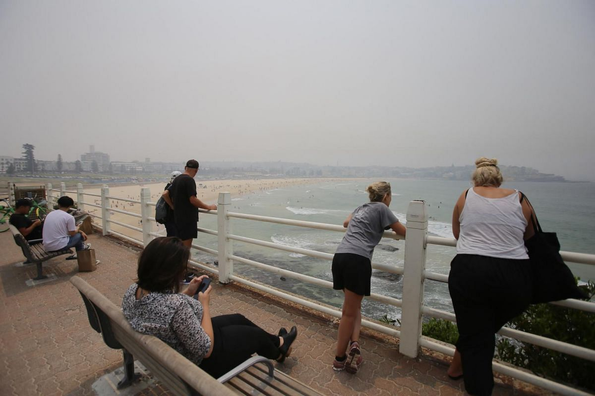 Smoke and haze from bushfires in New South Wales hang over Bondi Beach in Sydney on Dec 10, 2019.