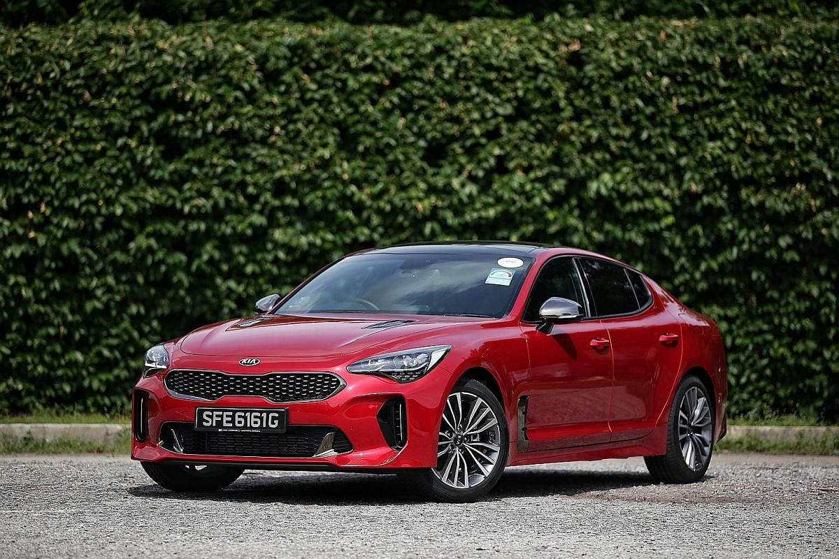 The Kia Stinger 2.0 has a sturdy and confident helm, along with many modern features.