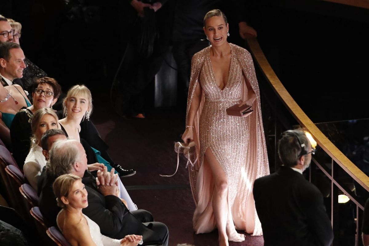 Brie Larson walking barefoot at the 92nd Academy Awards in Hollywood on Feb 9, 2020.