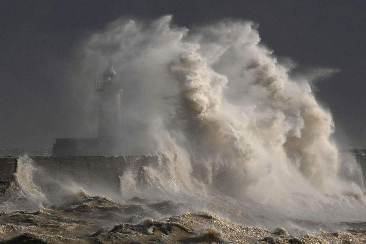 Large waves hit the harbour wall at Newhaven, southern Britain, February 11, 2020. PHOTO: REUTERS