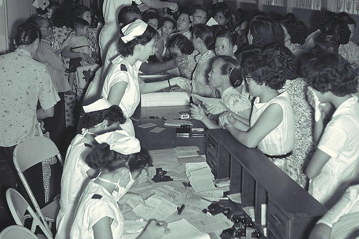 Right: People seeking flu treatment at the Singapore General Hospital outpatients department on May 6, 1957. An ST report described a queue of over 3,000 people. Above: ST reports in August 1968 on the Hong Kong flu, which lasted only a few weeks in