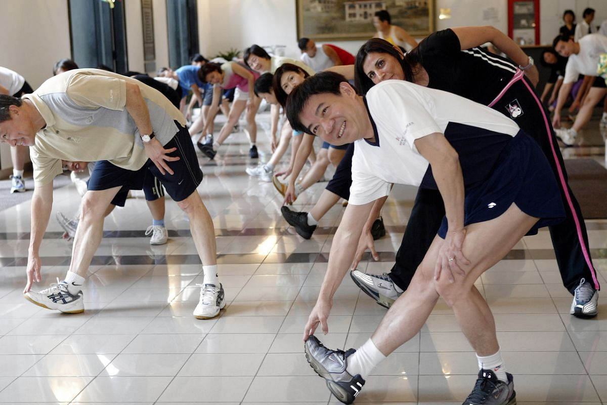 Mr Khaw Boon Wan having his weekly workout with Ministry of Health in 2004, when he was Minister for Health.