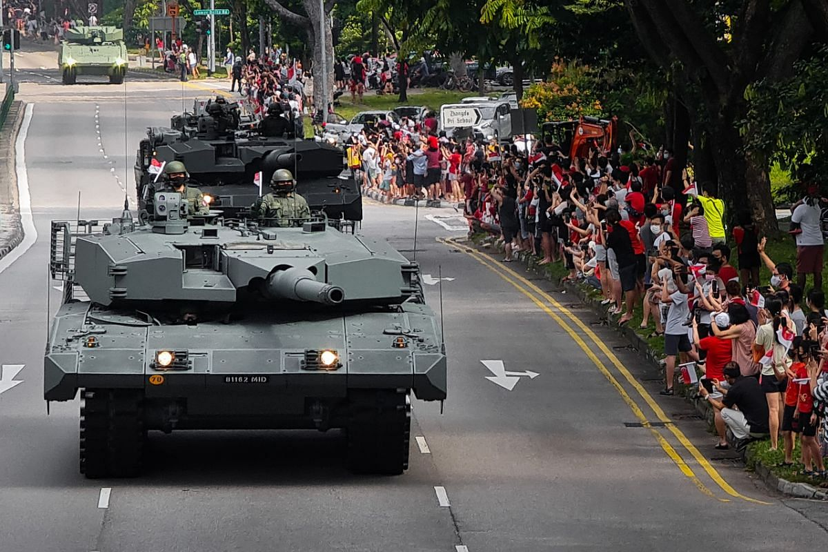 The SAF mobile column travelling along Jalan Bukit Merah on Aug 9, 2020. This photo was captured on the Samsung Galaxy Note20 Ultra 5G using the 10x optical and digital zoom camera.