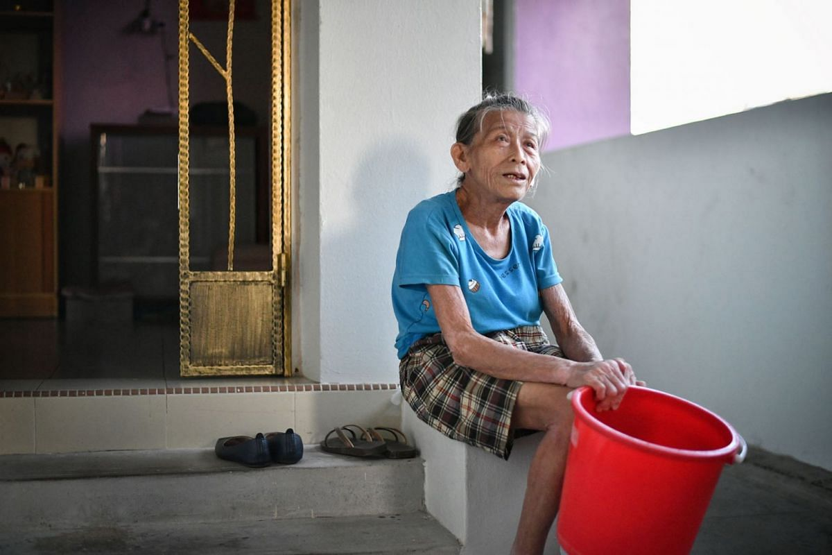 Madam Lim Ee Chin may be 81 years old and have heart issues. But instead of fleeing to safety when a fire broke out in her neighbour's Jurong West Housing Board flat on National Day on Aug 9, she rushed to help him. For her bravery, the Singapore C