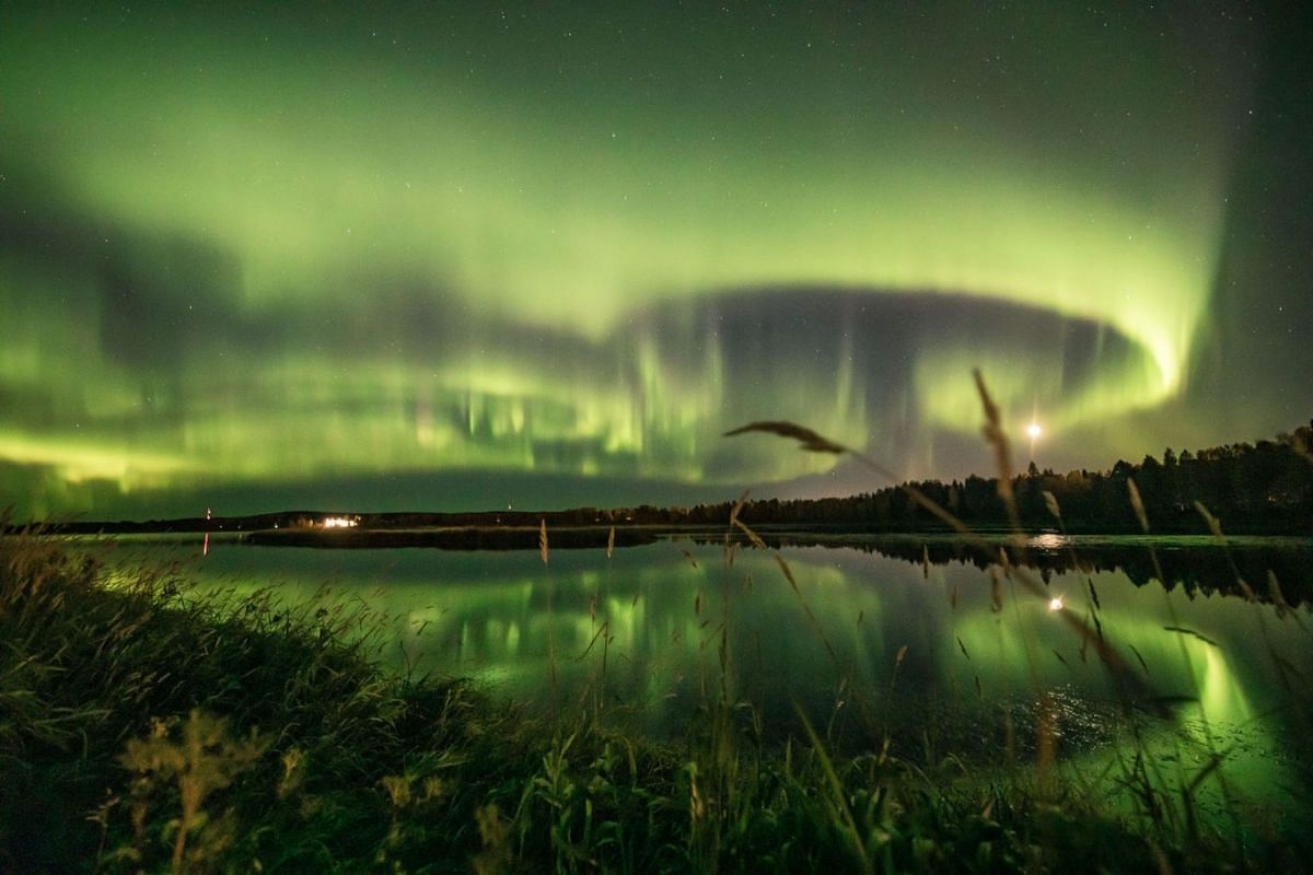 An aurora is seen in the sky in Rovaniemi, Finland September 13, 2020. Picture taken September 13, 2020. PHOTO: REUTERS