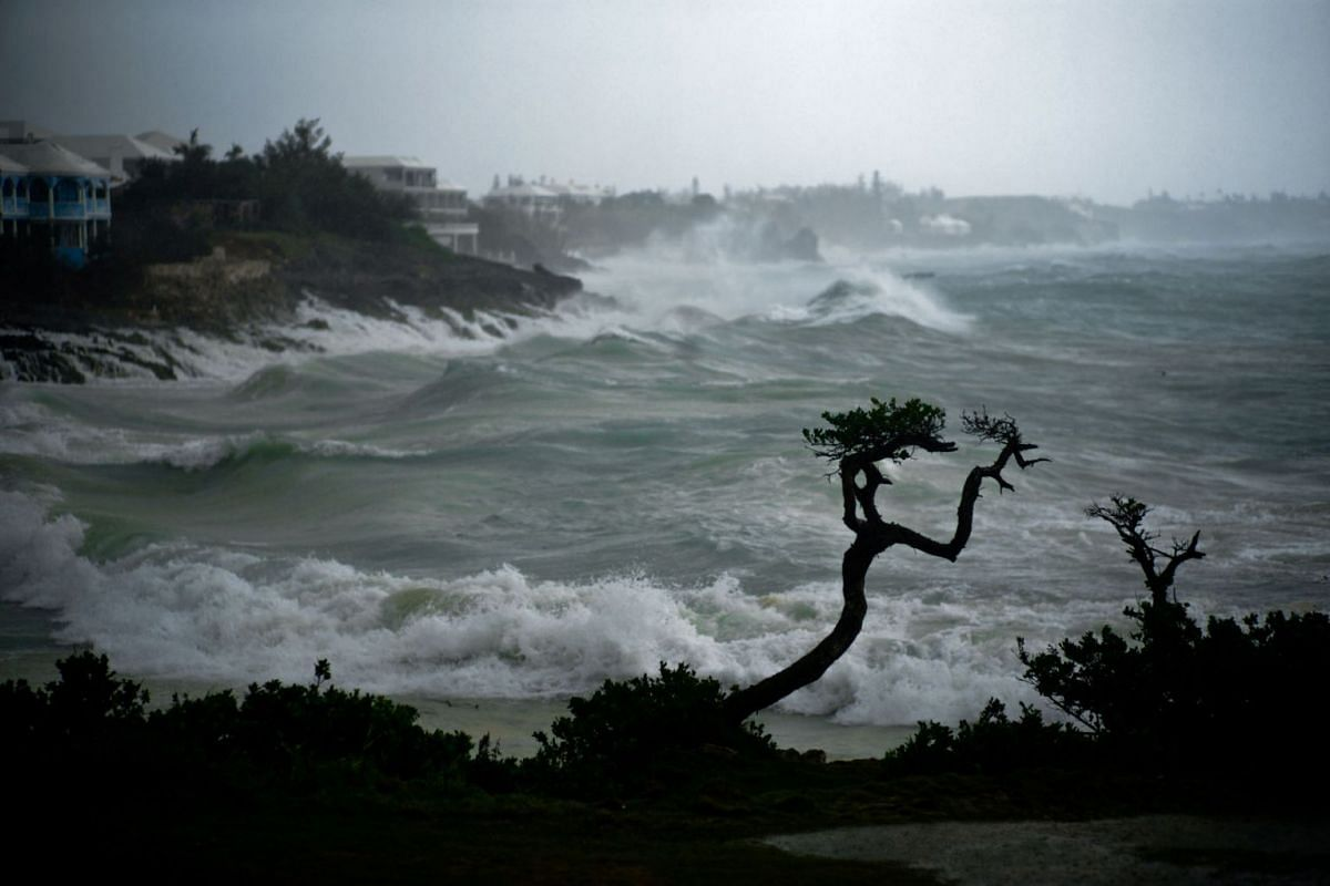 The surf swells as Hurricane Teddy approaches on the South Shore of the island of Bermuda, September 21, 2020. PHOTO: REUTERS