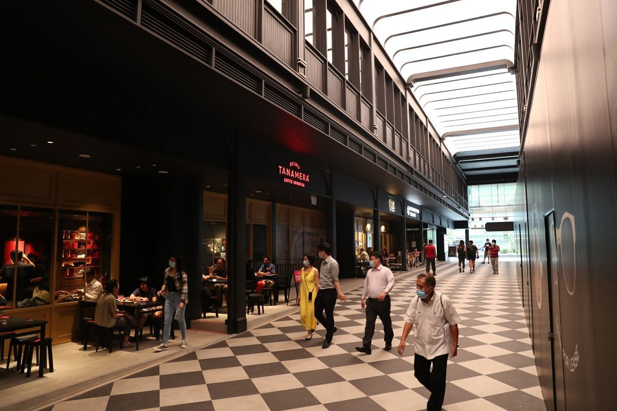 Seventy per cent of tenants at the new Change Alley Mall (formerly Chevron House) are F&B outlets such as new-to-market Indonesian coffee brand Tanamera Coffee as well as familiar brands such as Komala's Restaurant, Mirana Cafe, ramen restaurant Ka