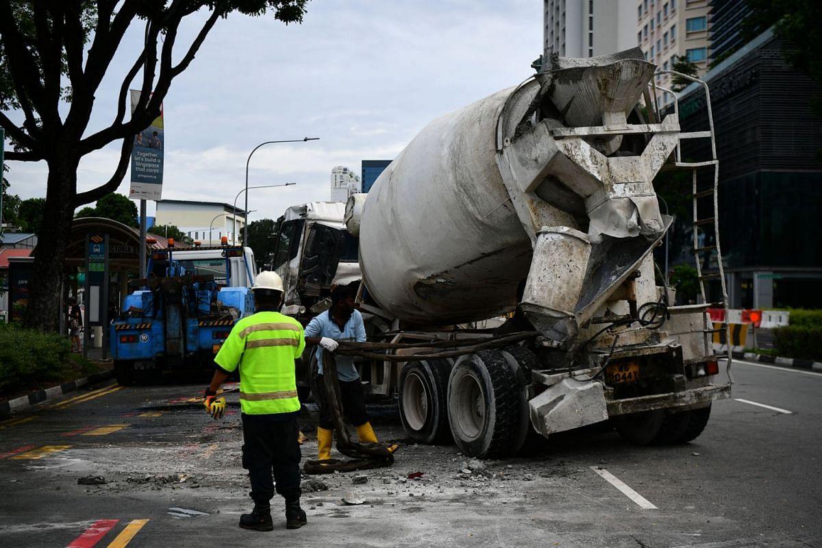 An accident involving a concrete mixer early on Nov 29, 2020, resulted in the driver sustaining injuries and caused public transport disruptions. The incident did not involve any other vehicle and happened in Rochor Road towards East Coast Parkway.