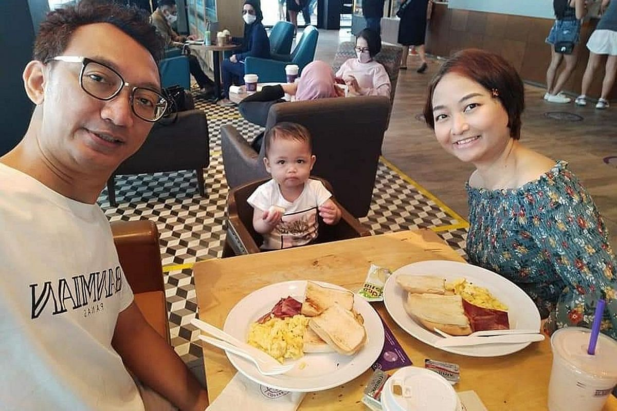 Ms Nurdiana Saad, 41, turned to busking during her pregnancy and her husband Ady Ahmari, 45, took her for walks to distract her from her low moods. Their daughter Khayra Arissa turned one last month.