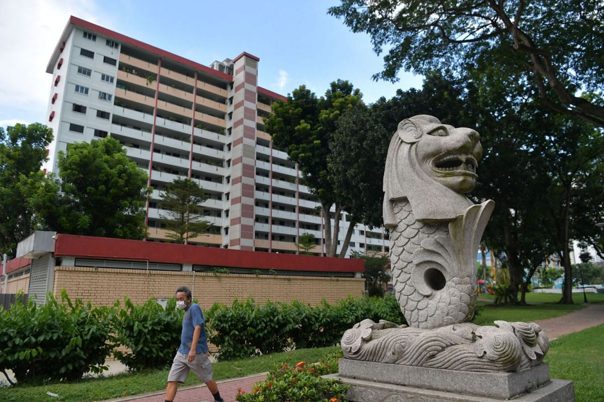 One of the two Merlions that flank the entrance of a carpark that leads to Blocks 216 to 222 in Ang Mo Kio Avenue 1 is seen in a photo taken on April 7, 2021. The pair of Merlions, the only ones located in the heartland, were built in 1998 for $30,00