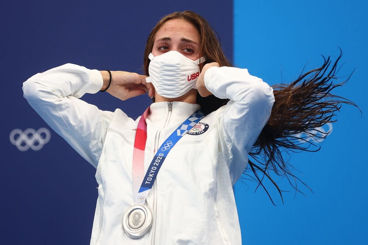 US swimmer Emma Weyant wears a face mask on the podium on July 25, 2021.