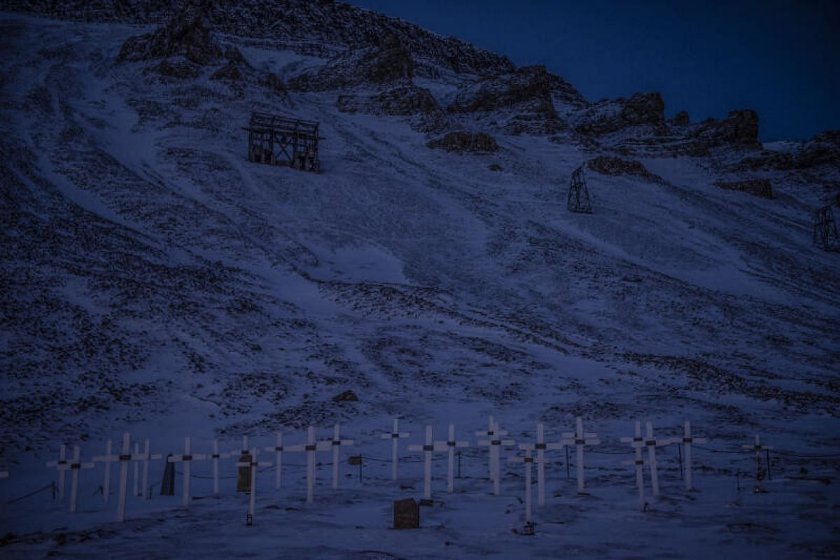 The only cemetery in Longyearbyen had to be closed in 2017 due to the rising incidence of landslides in the hills surrounding the graves. Warmer climate in recent years has resulted in record rainfall, destabilising the slopes and causing mudslides.