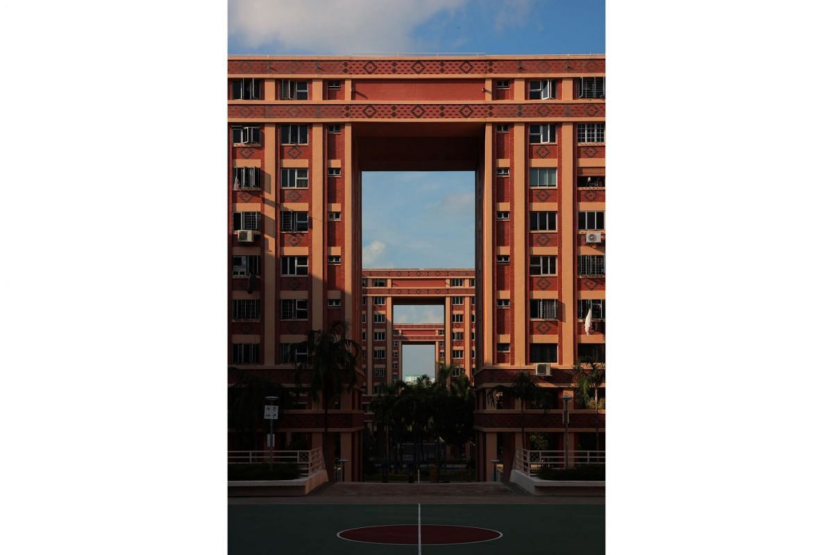 Housing Board blocks and a basketball court in Tampines Street 45.