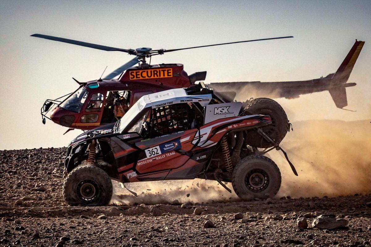 Can - Am Mavetrick Lebedev Pavel (RUS) và đồng lái xe Shibin Kirill (RUS) cạnh tranh trong cuộc đua Morocco 2021, tại sa mạc của vùng Zagora, vào ngày 8 tháng 10 năm 2021.