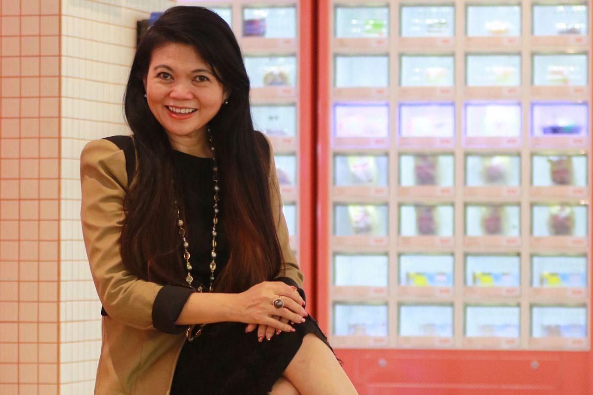 Ms Jocelyn Chng.